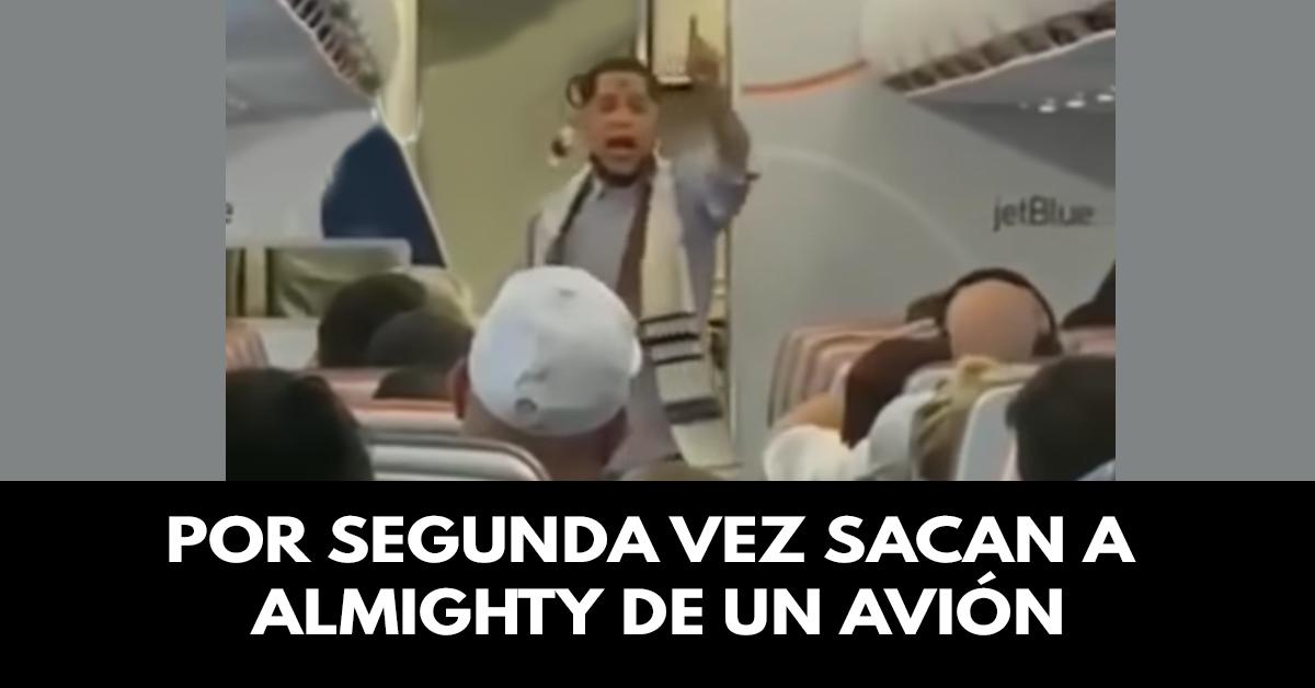 Por segunda vez sacan a cantante Almighty de un avión